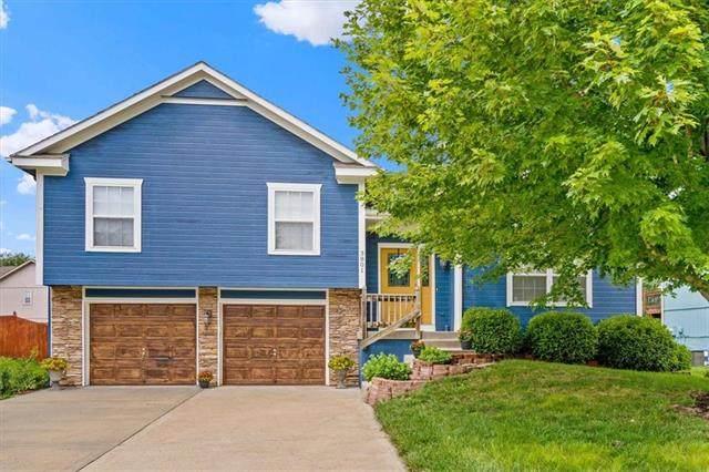3801 SE Adams Drive, Blue Springs, MO 64014 (#2331830) :: Ask Cathy Marketing Group, LLC