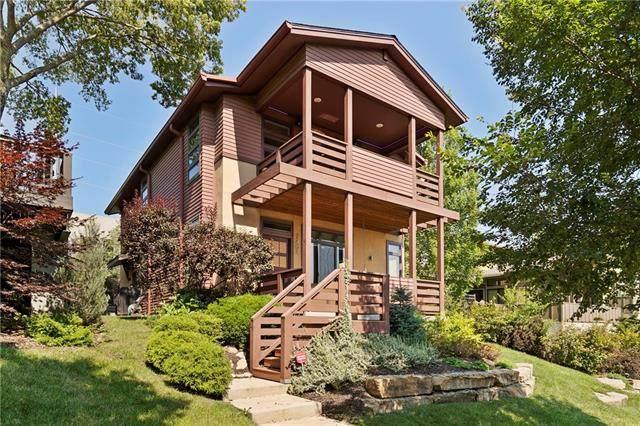 2404 Forest Avenue, Kansas City, MO 64108 (#2331905) :: Audra Heller and Associates