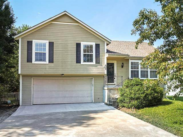 639 E Parma Way, Gardner, KS 66030 (MLS #2332066) :: Stone & Story Real Estate Group