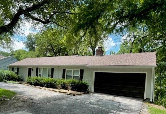 6516 Nall Avenue, Mission, KS 66202 (#2332090) :: Five-Star Homes