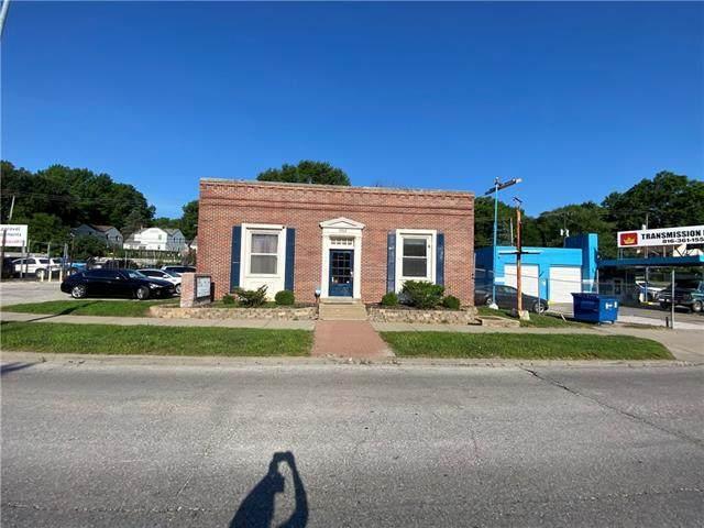7312 Troost Avenue, Kansas City, MO 64110 (#2332096) :: The Kedish Group at Keller Williams Realty