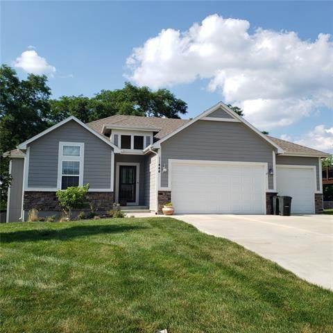 11444 Yecker Avenue, Kansas City, KS 66109 (#2332279) :: Audra Heller and Associates