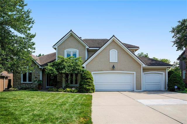 9215 W 140th Terrace, Overland Park, KS 66221 (MLS #2332301) :: Stone & Story Real Estate Group