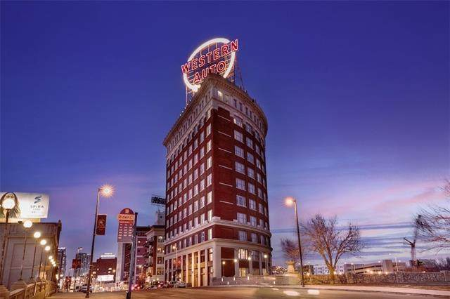 2107 Grand Boulevard #1003, Kansas City, MO 64108 (#2332412) :: The Gunselman Team