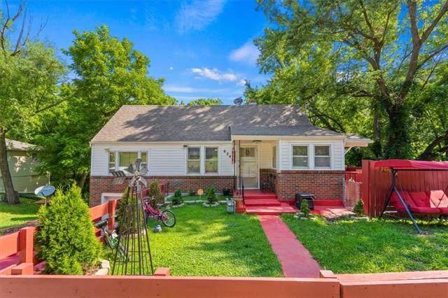 6245 May Lane, Kansas City, KS 66104 (#2332464) :: Austin Home Team