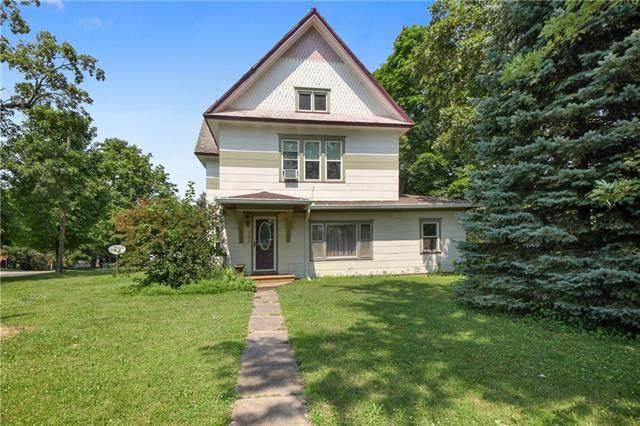220 Elm Street, Nortonville, KS 66060 (#2332502) :: Audra Heller and Associates