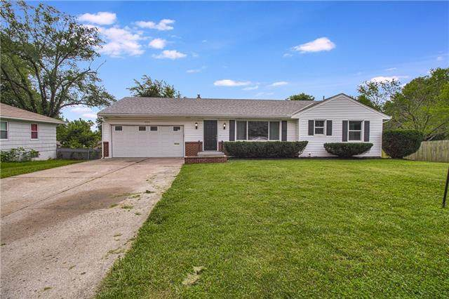 3411 S Maywood Court, Independence, MO 64052 (#2332534) :: The Rucker Group