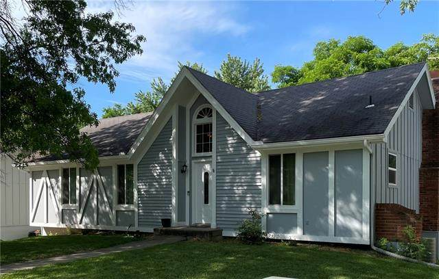 10604 NW Verlin Drive, Parkville, MO 64152 (#2332574) :: Edie Waters Network