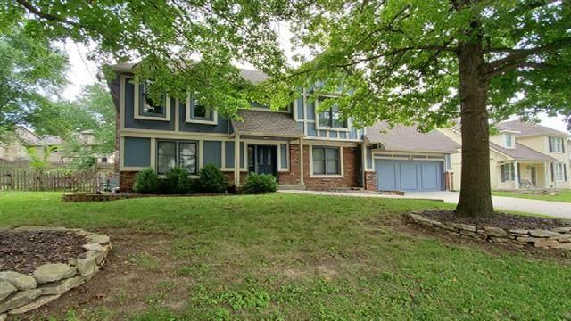 608 Butternut Lane, Liberty, MO 64068 (#2332789) :: The Rucker Group
