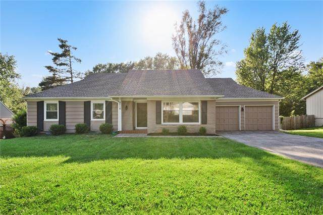 9716 Windsor Street, Overland Park, KS 66206 (MLS #2332796) :: Stone & Story Real Estate Group