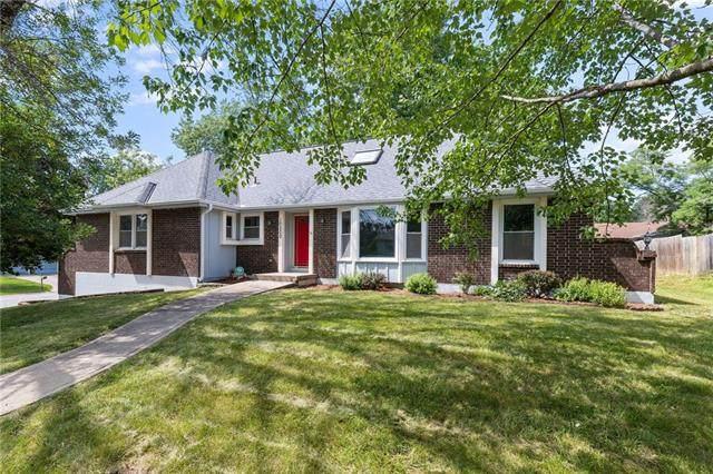 10200 E 96th Street, Kansas City, MO 64134 (#2332912) :: Audra Heller and Associates