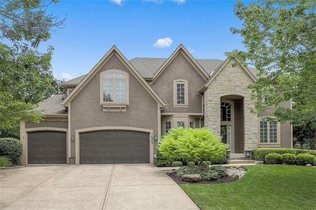 14963 Outlook Lane, Overland Park, KS 66223 (#2332922) :: Audra Heller and Associates