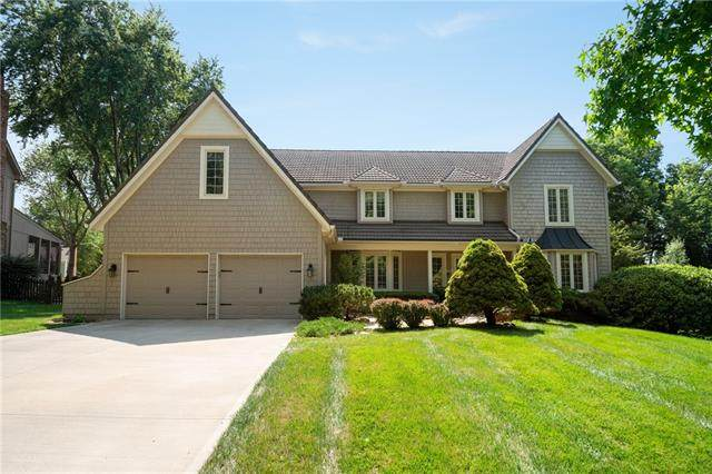 12106 Ballentine Street, Overland Park, KS 66213 (#2332926) :: Eric Craig Real Estate Team