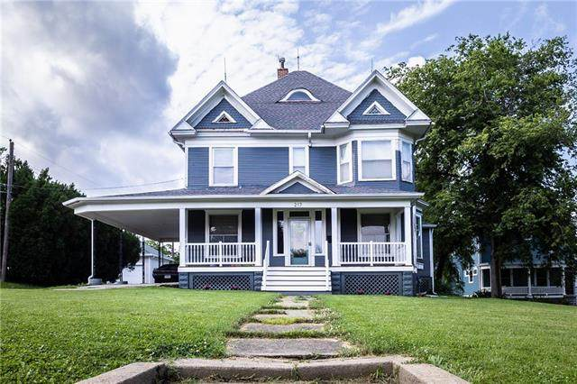 217 E 7TH Street, Maryville, MO 64468 (#2333075) :: The Rucker Group