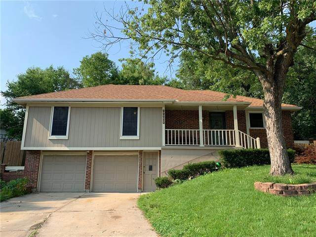 17304 E 49th Terrace Court, Independence, MO 64055 (#2333158) :: The Kedish Group at Keller Williams Realty