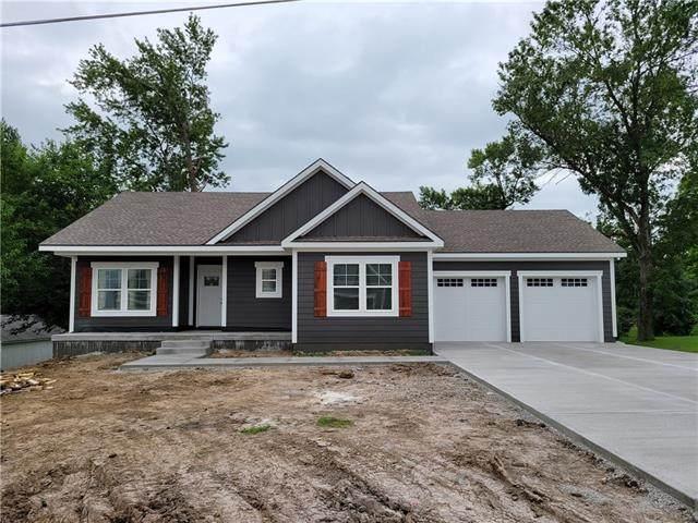 15911 E Cogan Lane, Independence, MO 64050 (#2333170) :: Austin Home Team