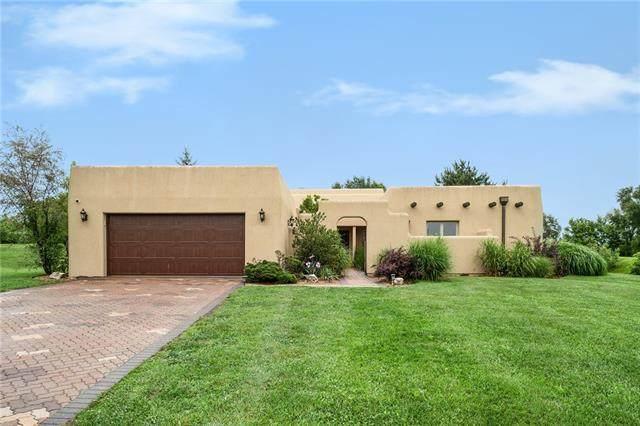 14423 Fox Run Drive, Kearney, MO 64060 (#2333182) :: Eric Craig Real Estate Team