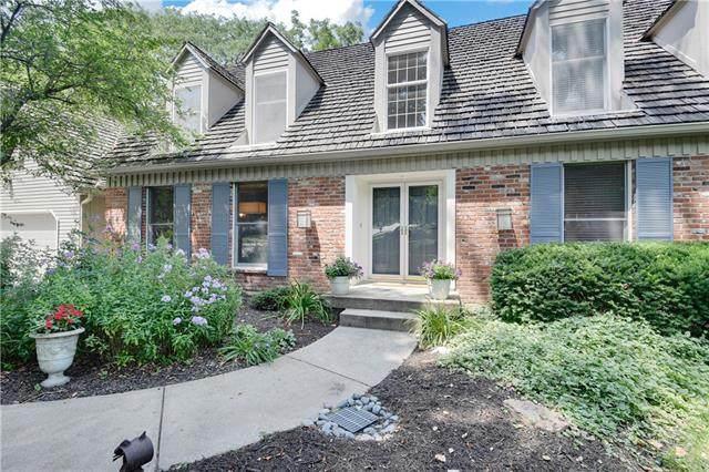 3912 W 121 Terrace, Leawood, KS 66209 (#2333186) :: The Shannon Lyon Group - ReeceNichols