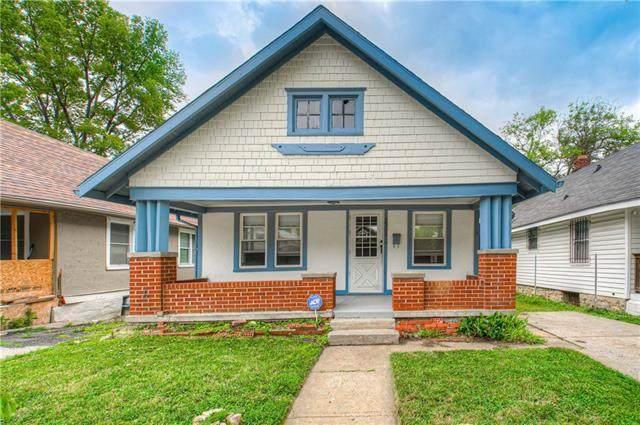 2303 41st Street, Kansas City, MO 64130 (#2333300) :: Edie Waters Network