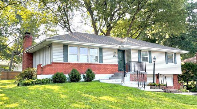714 NW 6th Street, Blue Springs, MO 64014 (#2333335) :: Five-Star Homes