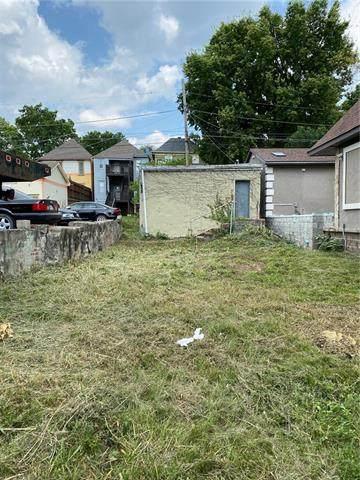 2745 Cherry Street, Kansas City, MO 64109 (#2333343) :: Eric Craig Real Estate Team