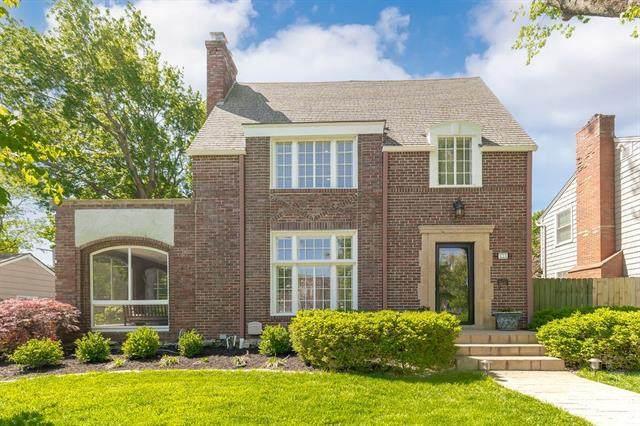 423 W 66th Terrace, Kansas City, MO 64113 (#2333373) :: Five-Star Homes