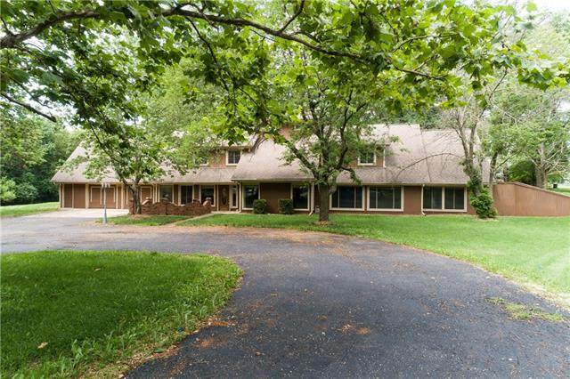 504 W Hubach Hill Road, Raymore, MO 84083 (#2333375) :: Audra Heller and Associates