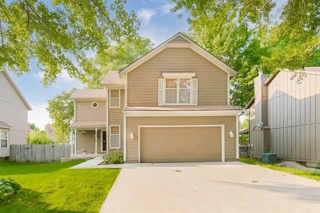 1330 E 153rd Terrace, Olathe, KS 66062 (#2333422) :: Audra Heller and Associates