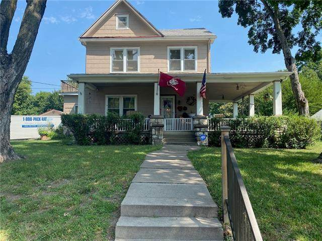 556 E Loula Street, Olathe, KS 66061 (#2333423) :: Tradition Home Group | Better Homes and Gardens Kansas City