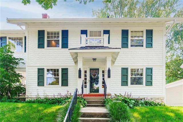 421 W 61st Terrace, Kansas City, MO 64113 (#2333593) :: Edie Waters Network