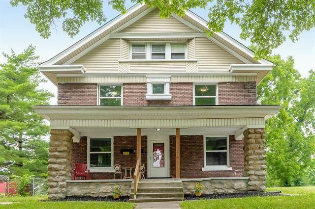 3210 Olive Street, Kansas City, MO 64109 (#2333615) :: Ron Henderson & Associates