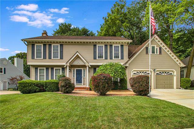 5016 S Cedar Crest Avenue, Independence, MO 64055 (#2333665) :: Five-Star Homes