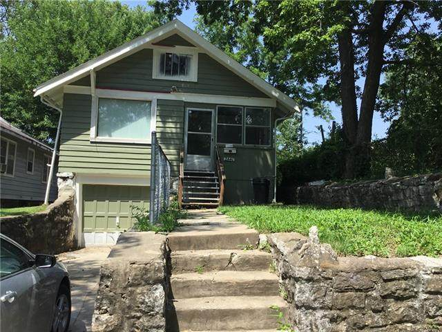 2440 Denver Avenue, Kansas City, MO 64127 (#2333685) :: Edie Waters Network
