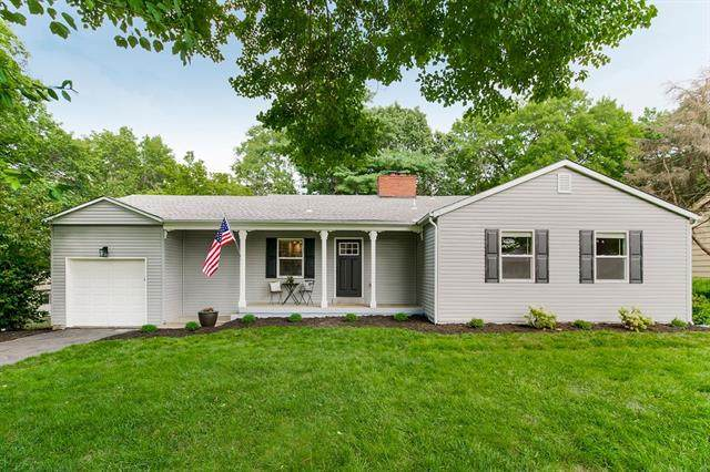 4019 NE Indianola Drive, Kansas City, MO 64116 (#2333689) :: Audra Heller and Associates