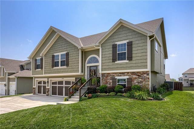 7209 NE 116th Terrace, Kansas City, MO 64156 (#2333753) :: Edie Waters Network