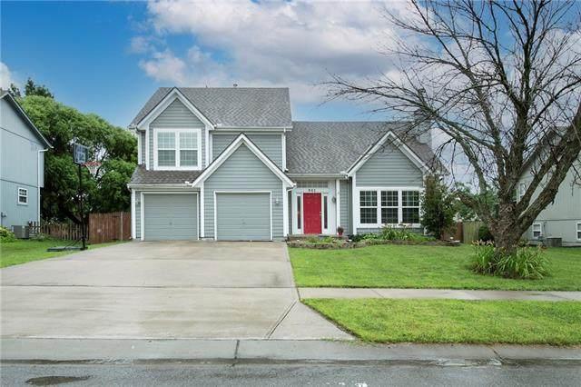941 E Cottage Creek Drive, Gardner, KS 66030 (#2333794) :: The Rucker Group
