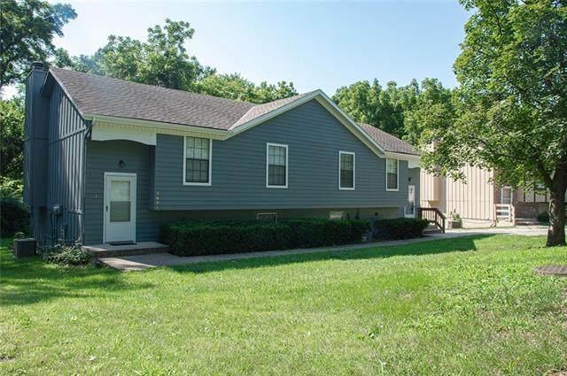 6621-6623 Park Street, Shawnee, KS 66216 (#2333832) :: The Gunselman Team