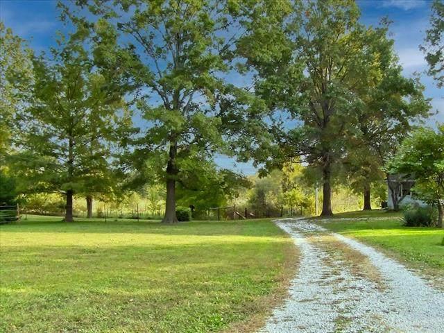 30101 E 179th Street, Pleasant Hill, MO 64080 (#2333981) :: Five-Star Homes