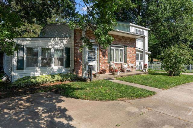 4000 S Crysler Avenue, Independence, MO 64055 (#2334011) :: The Kedish Group at Keller Williams Realty