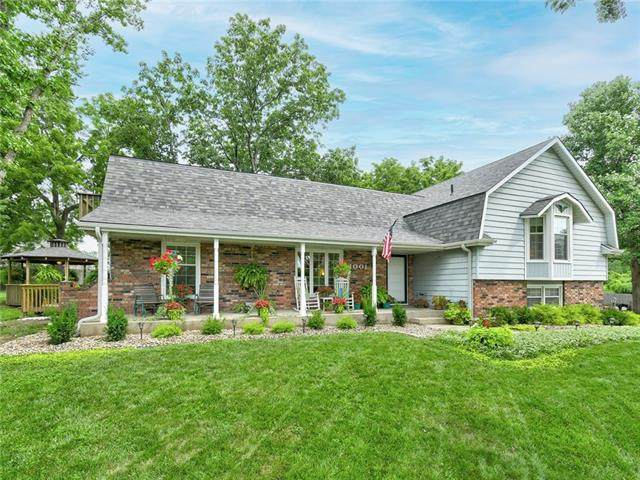 1001 SW Hickory Court, Blue Springs, MO 64015 (#2334080) :: Ask Cathy Marketing Group, LLC