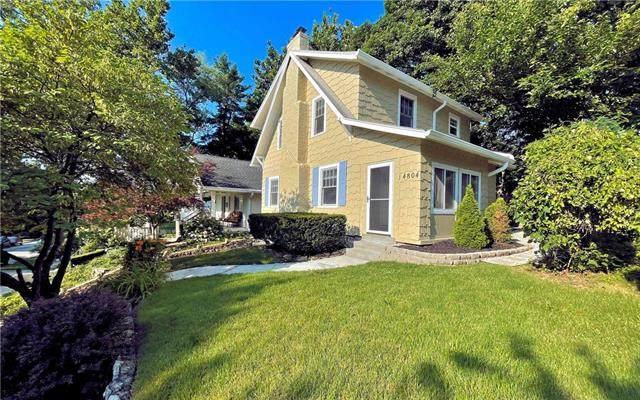 4804 Holly Street, Kansas City, MO 64112 (#2334103) :: Audra Heller and Associates