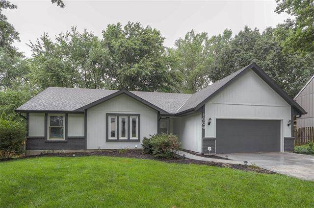 1006 Silver Lake Drive, Raymore, MO 64083 (MLS #2334146) :: Stone & Story Real Estate Group