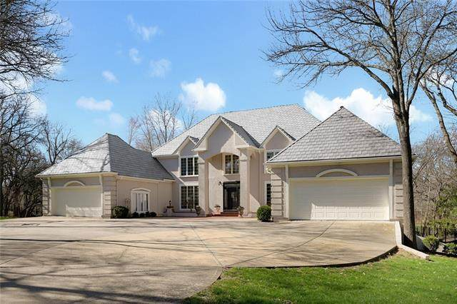 6001 W 131st Street, Overland Park, KS 66209 (#2334218) :: Five-Star Homes