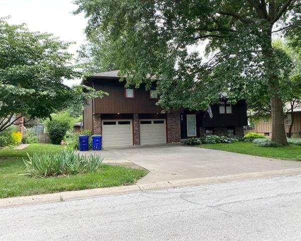 12813 Winchester Avenue, Grandview, MO 64030 (#2334225) :: Austin Home Team