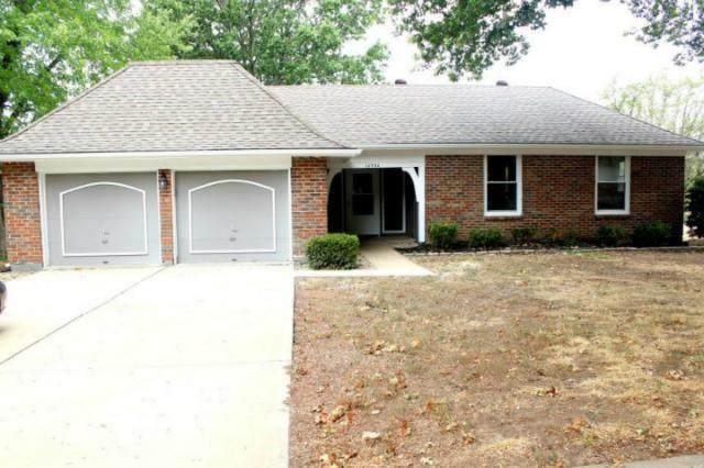 10450 College Avenue, Kansas City, MO 64137 (MLS #2334257) :: Stone & Story Real Estate Group
