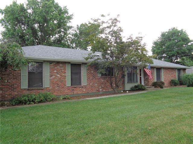 55 Hawthorne Hill Drive, Warrensburg, MO 64093 (MLS #2334280) :: Stone & Story Real Estate Group