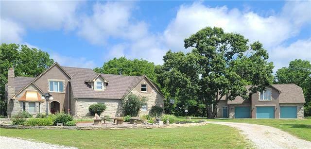 994 187th Terrace, Fort Scott, KS 66701 (#2334312) :: Eric Craig Real Estate Team