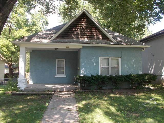 505 N 12th Street, Leavenworth, KS 66048 (#2334315) :: Dani Beyer Real Estate