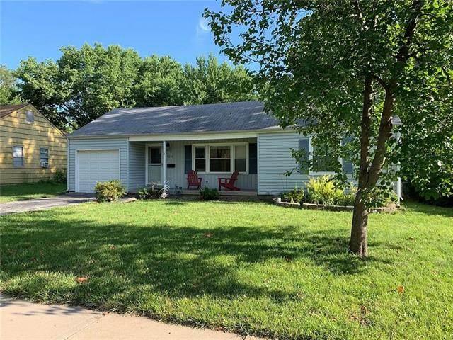 5212 W 72nd Street, Prairie Village, KS 66208 (MLS #2334546) :: Stone & Story Real Estate Group