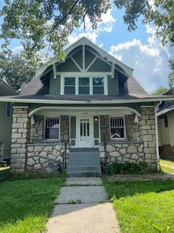 4205 Montgall Avenue, Kansas City, MO 64130 (#2334555) :: Edie Waters Network